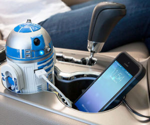 r2-d2-car-charger (1)