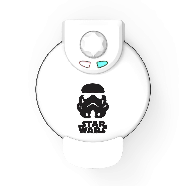 star wars waffle maker (1)