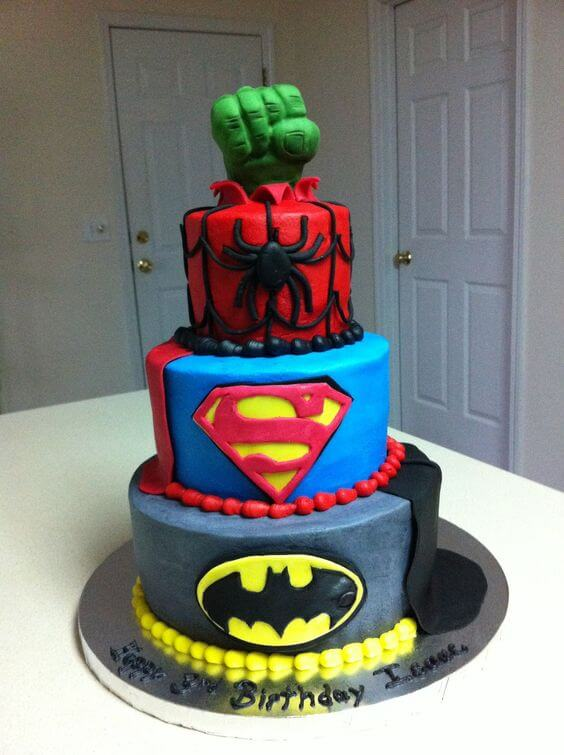 21 Superhero Cake Designs That Will Destroy Any Villain